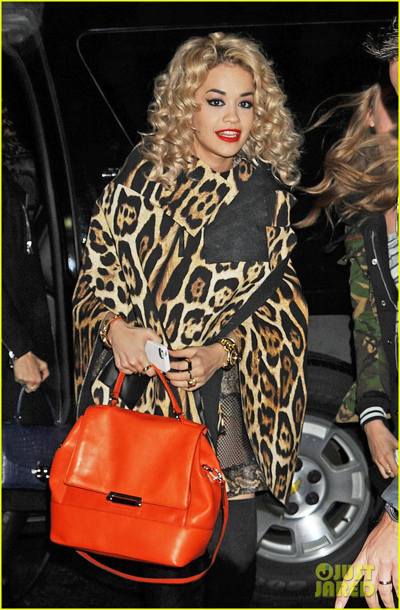 rita ora london for the holidays 022780039