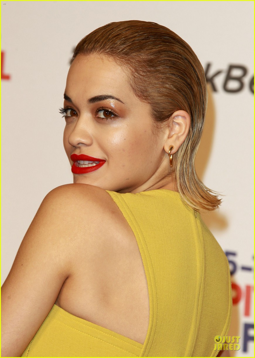 rita ora & the wanted jingle bell ball 15
