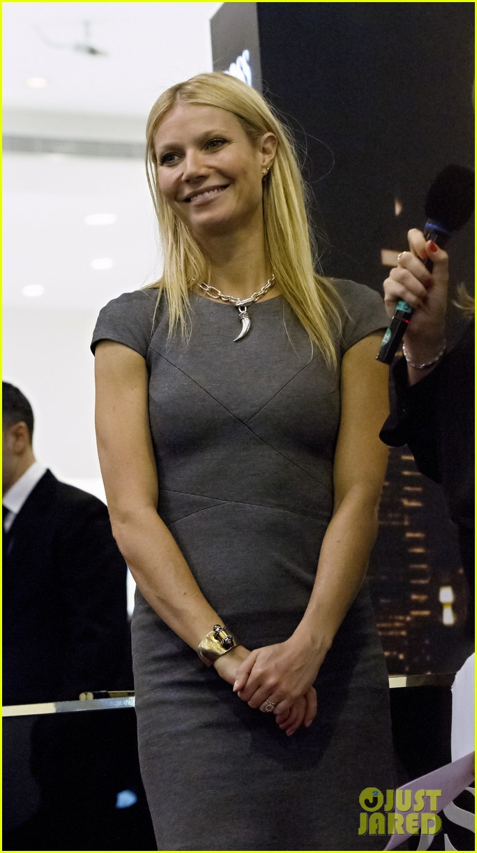 gwyneth paltrow boss nuit appearance in dubai 012769753