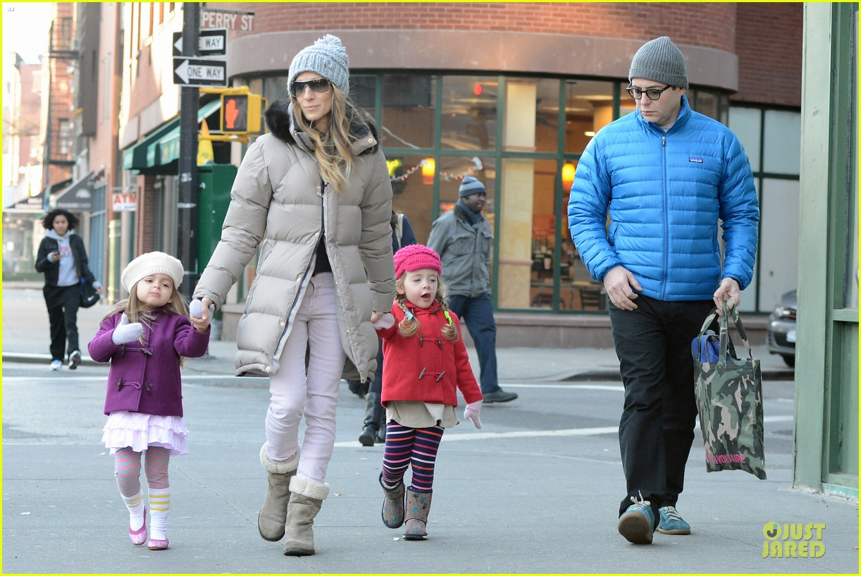 sarah jessica parker & matthew broderick school walk with the twins 07