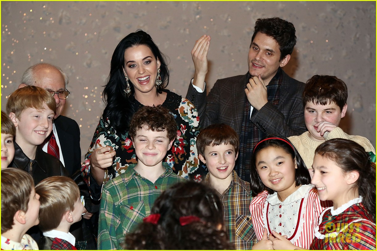 katy perry john mayer christmas story backstage visit 052774933