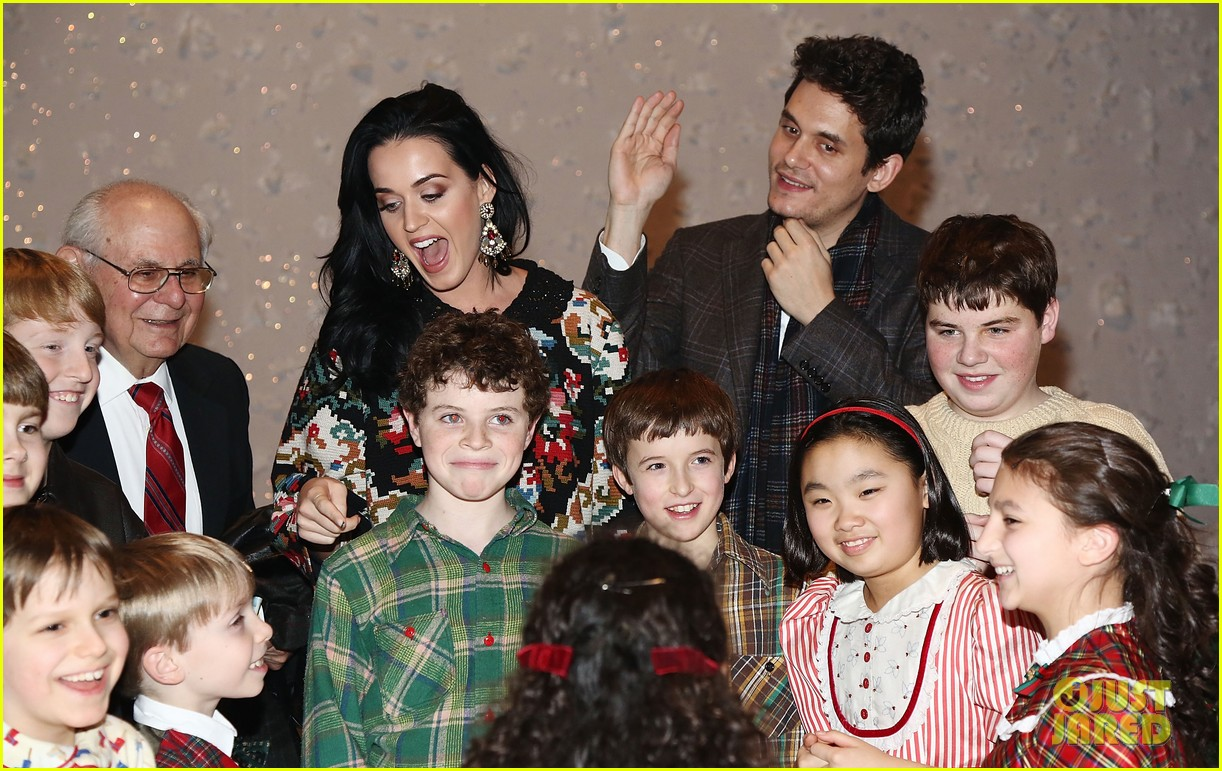 katy perry john mayer christmas story backstage visit 10