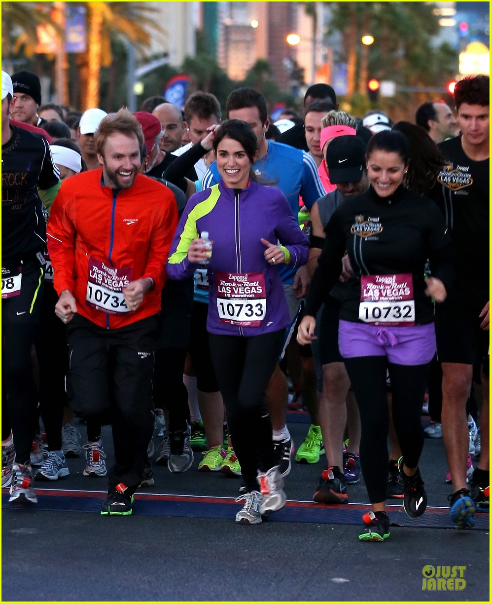nikki reed & paul mcdonald rock n roll marathon & half marathon 13