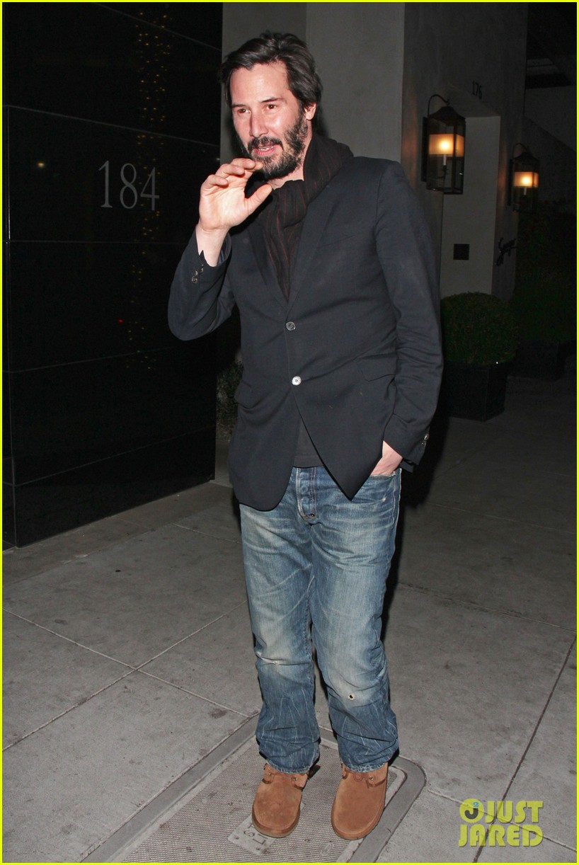keanu reeves peace out 2012 06