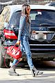 zoe saldana loves the los angeles rain 03