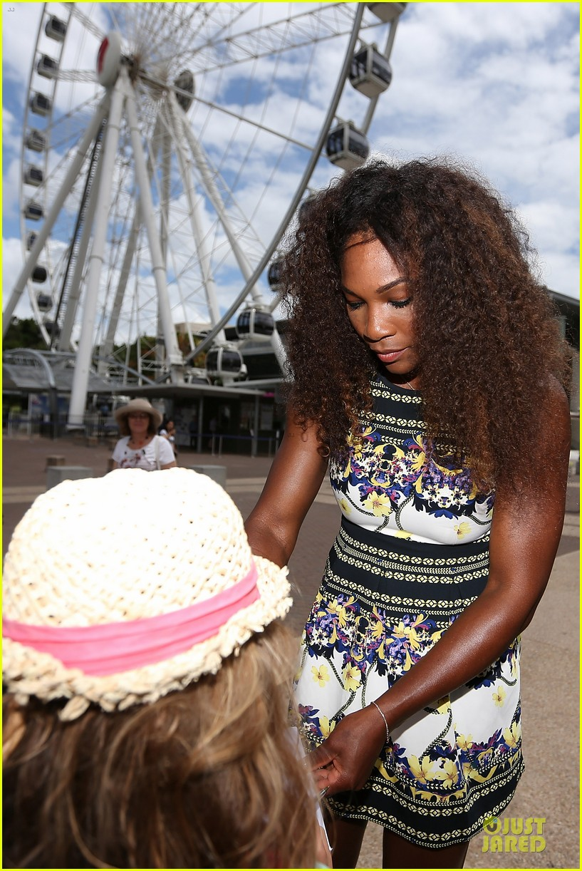 serena williams brisbane international arrival 10