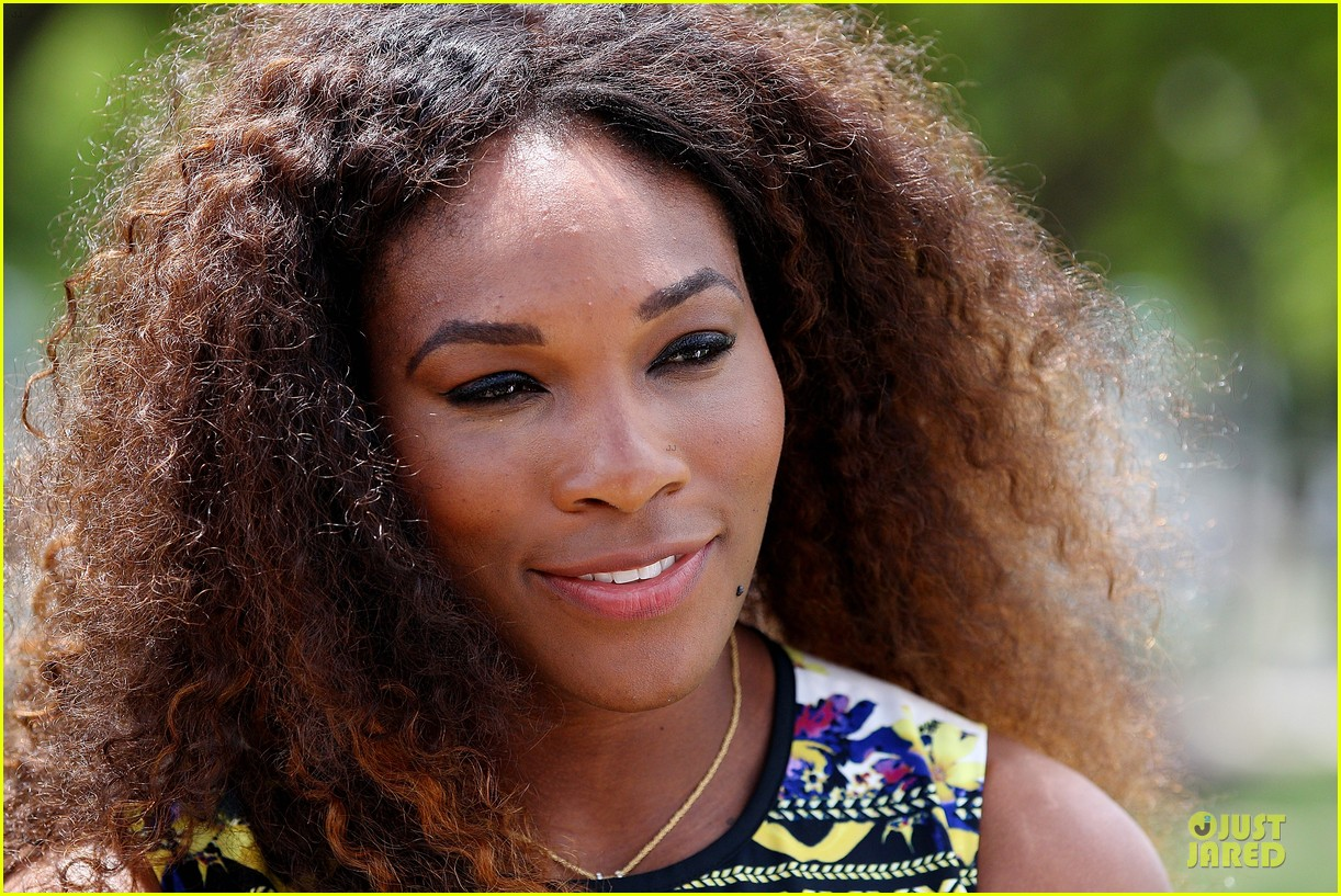 serena williams brisbane international arrival 11