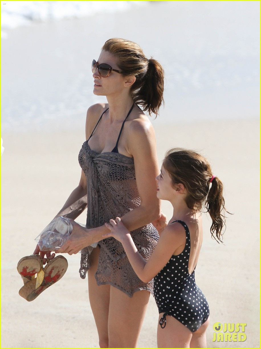 stephanie seymour st barts family vacation 01