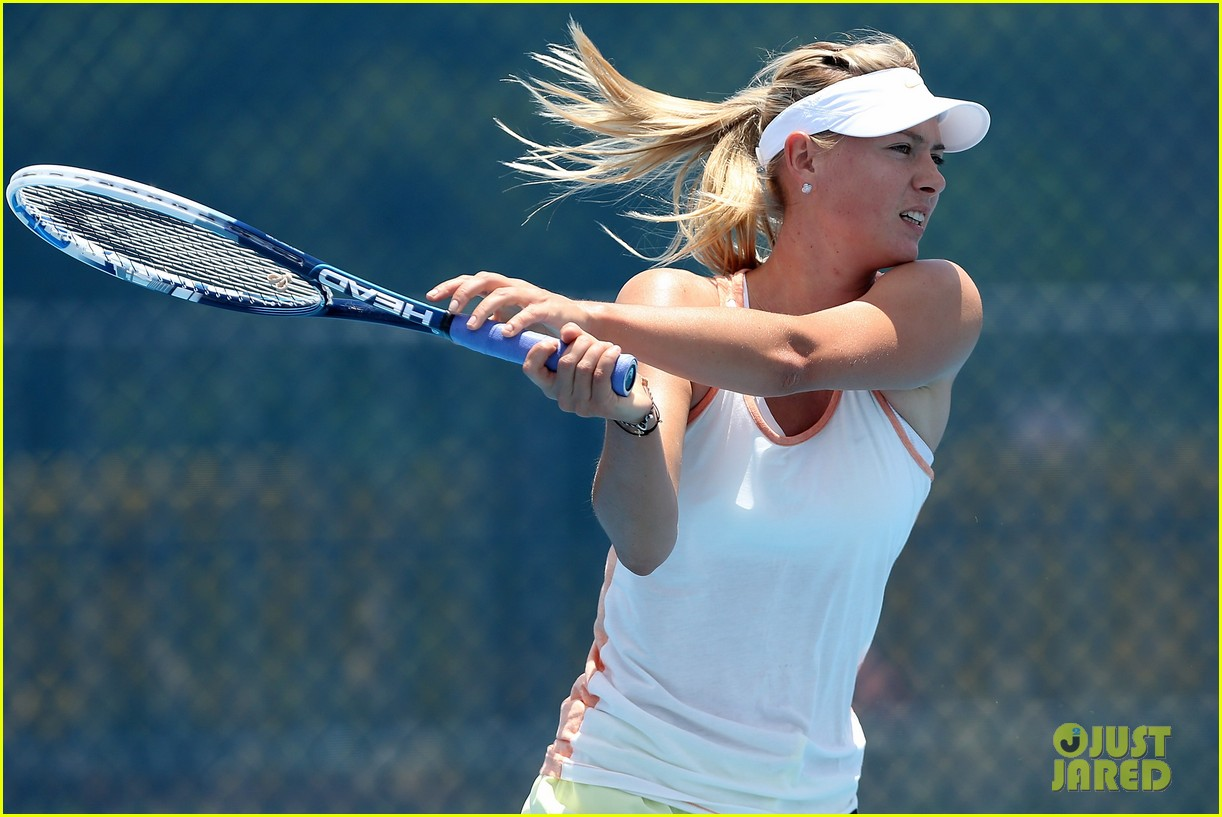maria sharapova talks new years eve plans 20