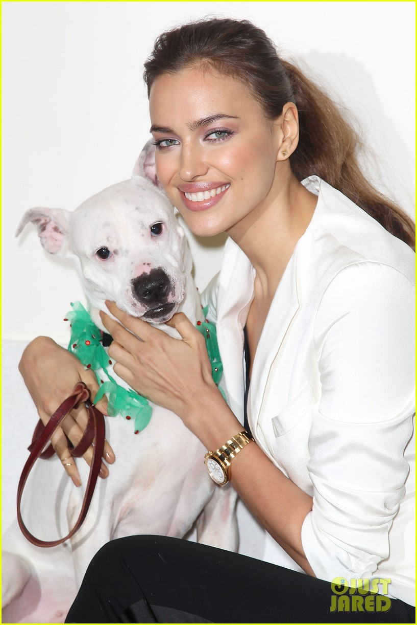 irina shayk aspca adoption center visit 062776017