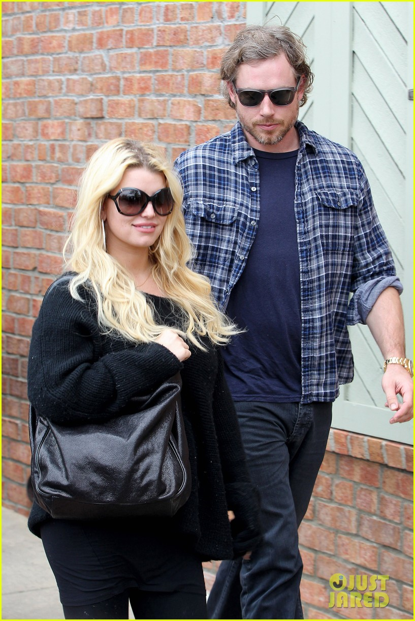 jessica simpson eric johnson kings fish house lunch 15