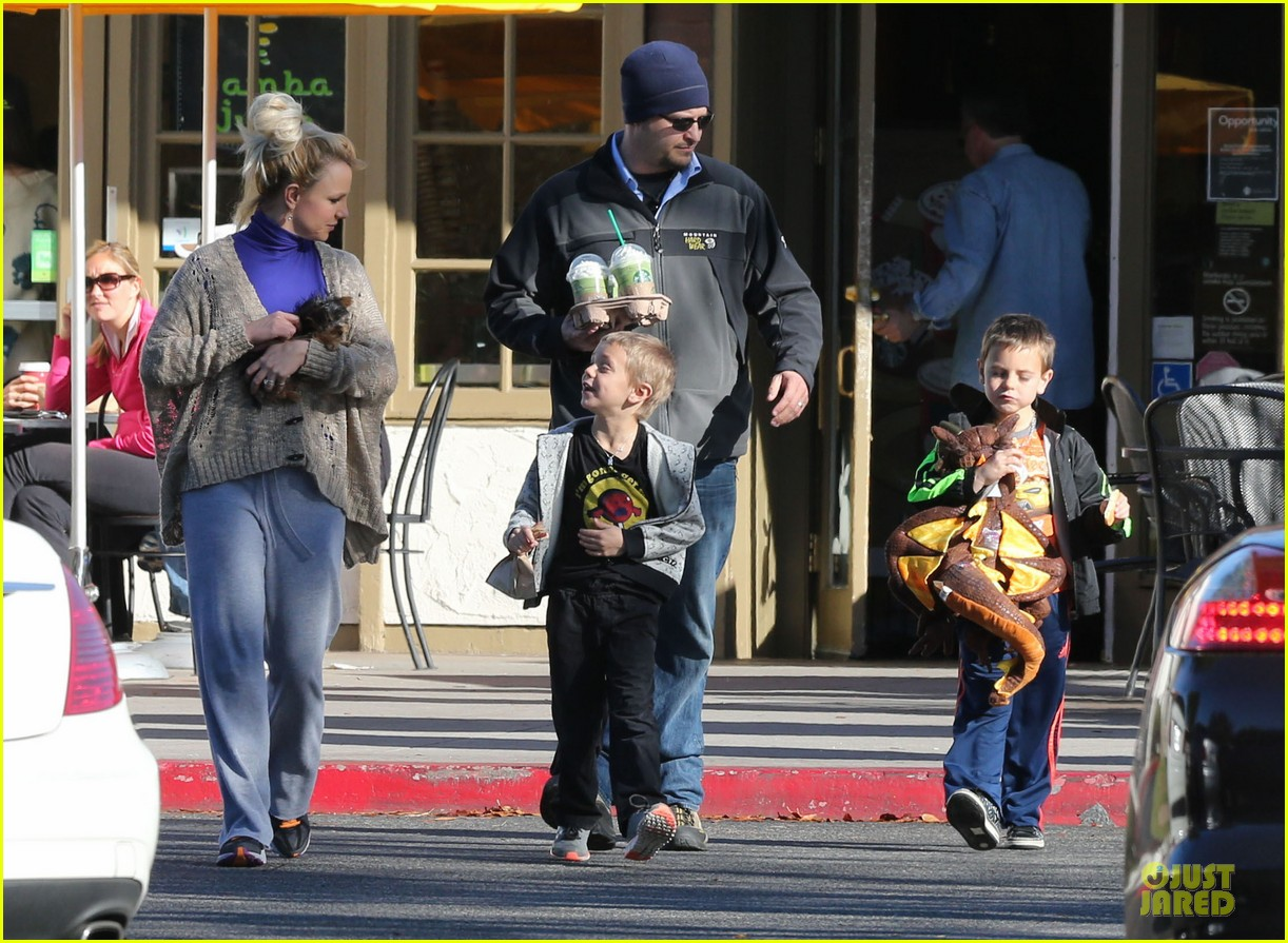 britney spears happy birthday jason trawick 17