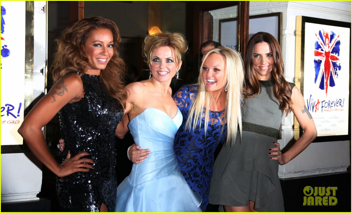 spice girls attend viva forever press night 06