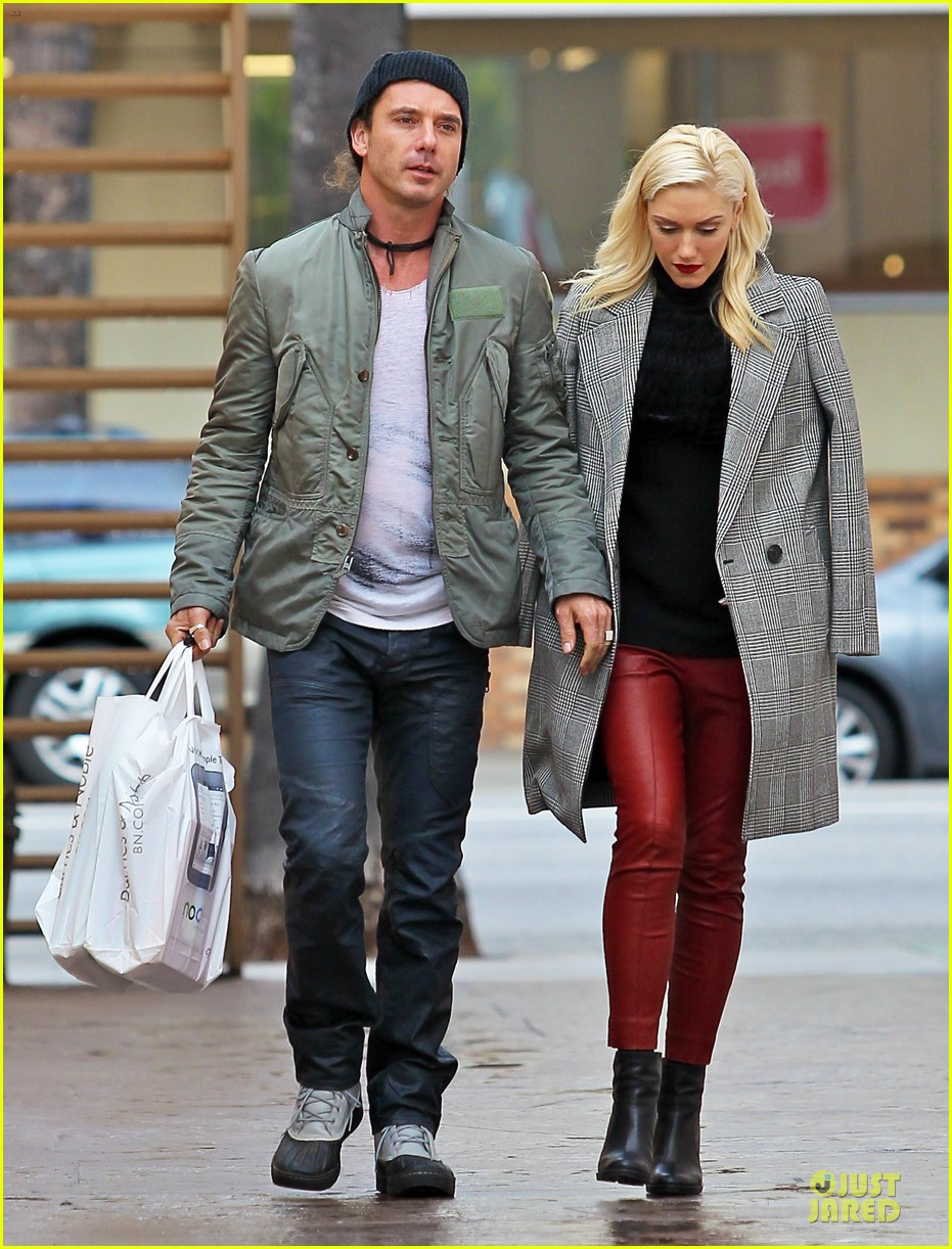 gwen stefani & gavin rossdale holiday shopping couple 01