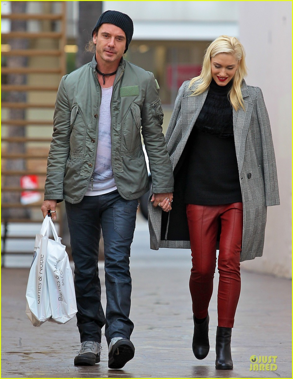 gwen stefani & gavin rossdale holiday shopping couple 09