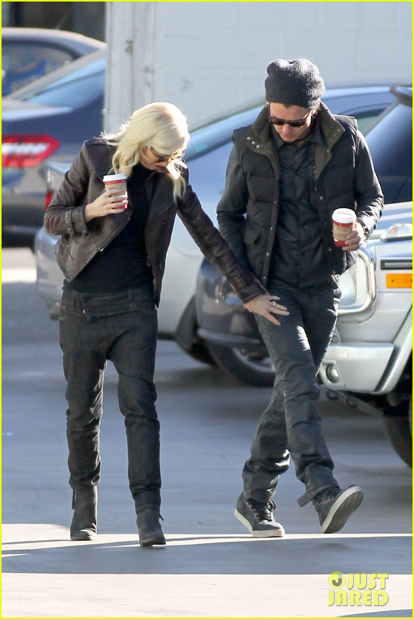 gwen stefani gavin rossdale starbucks sweethearts 05