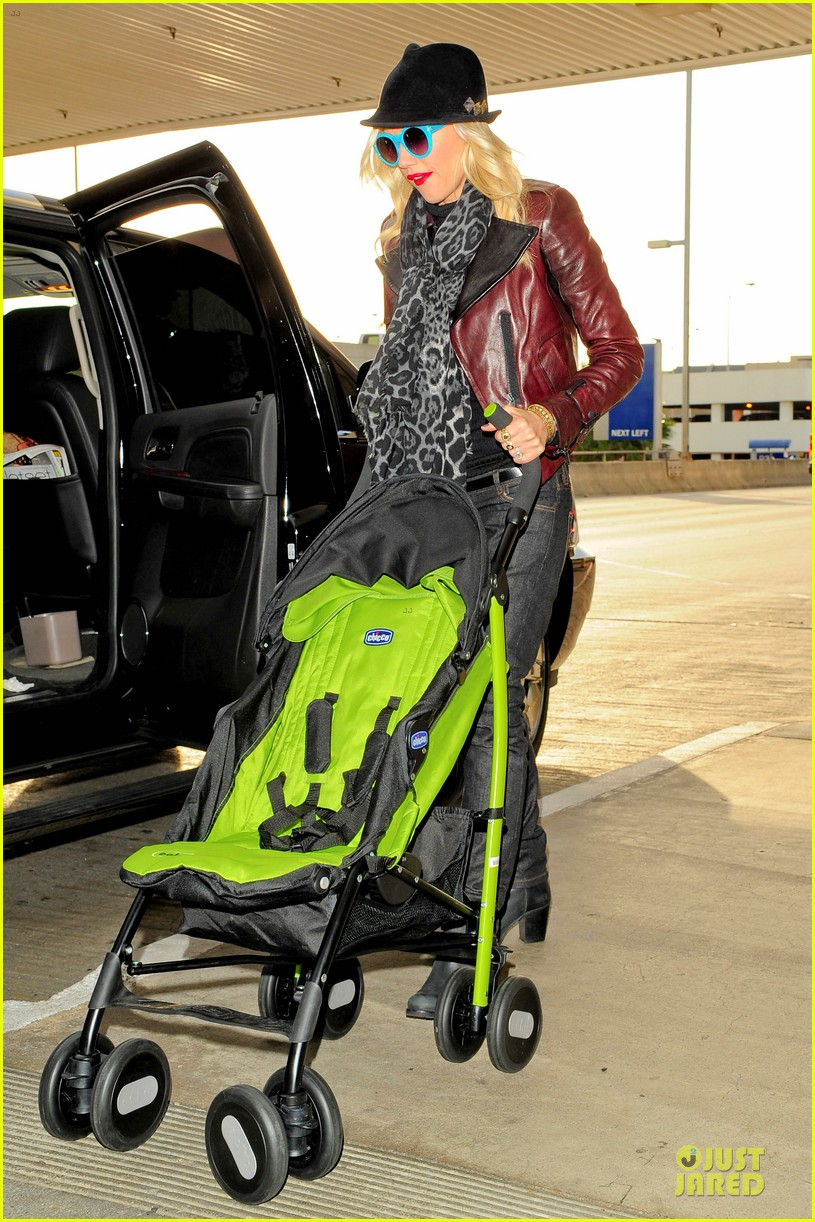 gwen stefani & gavin rossdale holiday travel with the kids 152779594