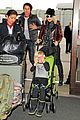 gwen stefani & gavin rossdale holiday travel with the kids 08