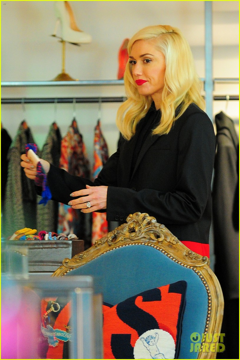 gwen stefani west hollywood shopper 05