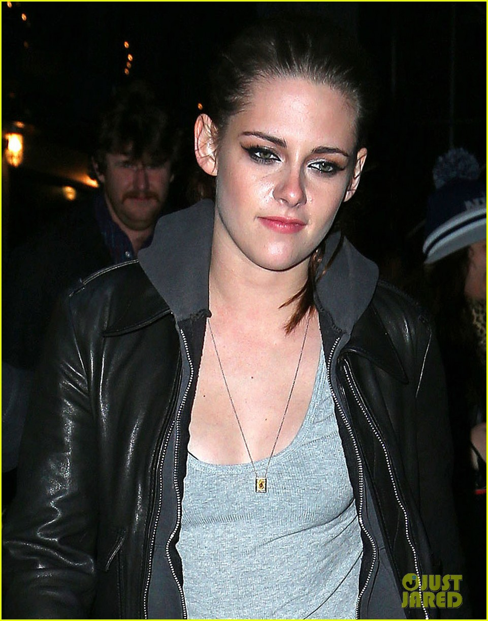 kristen stewart on the road after party 04