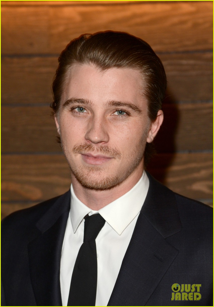 kristen stewart garrett hedlund on the road screening 04