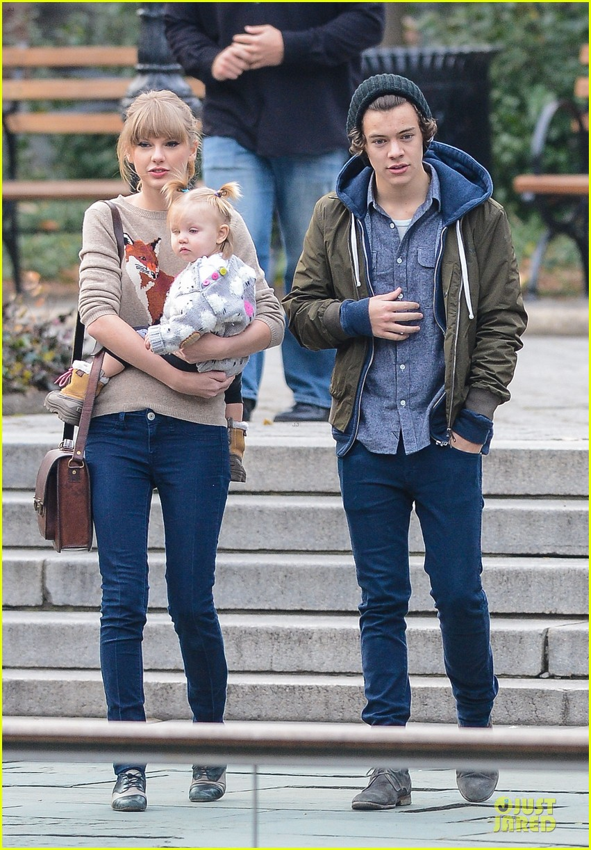 taylor swift harry styles central park stroll 032768116