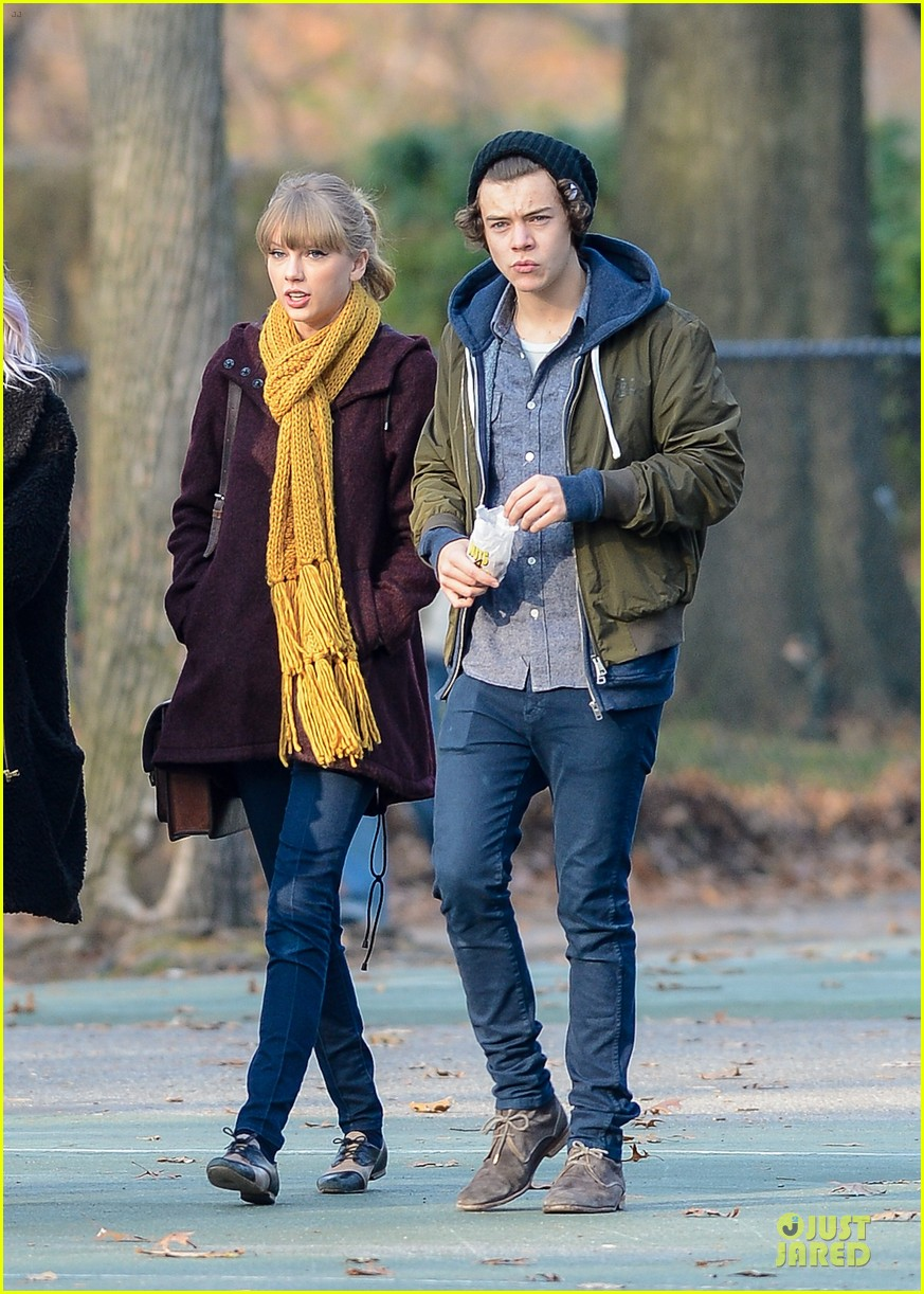 taylor swift harry styles central park stroll 06