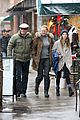 uma thurman arpad busson snow aspen stroll with maya 21