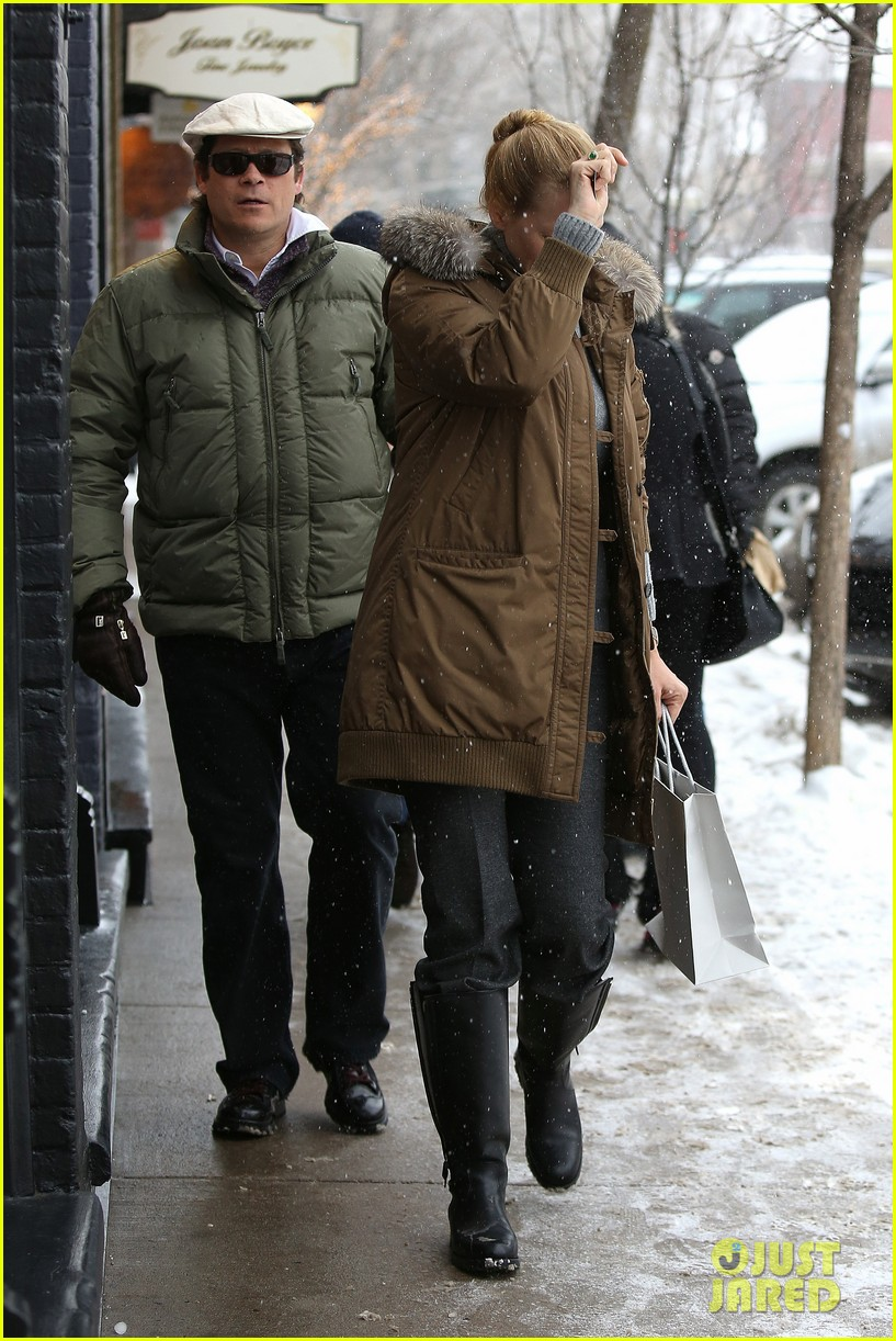 uma thurman arpad busson snow aspen stroll with maya 272780802