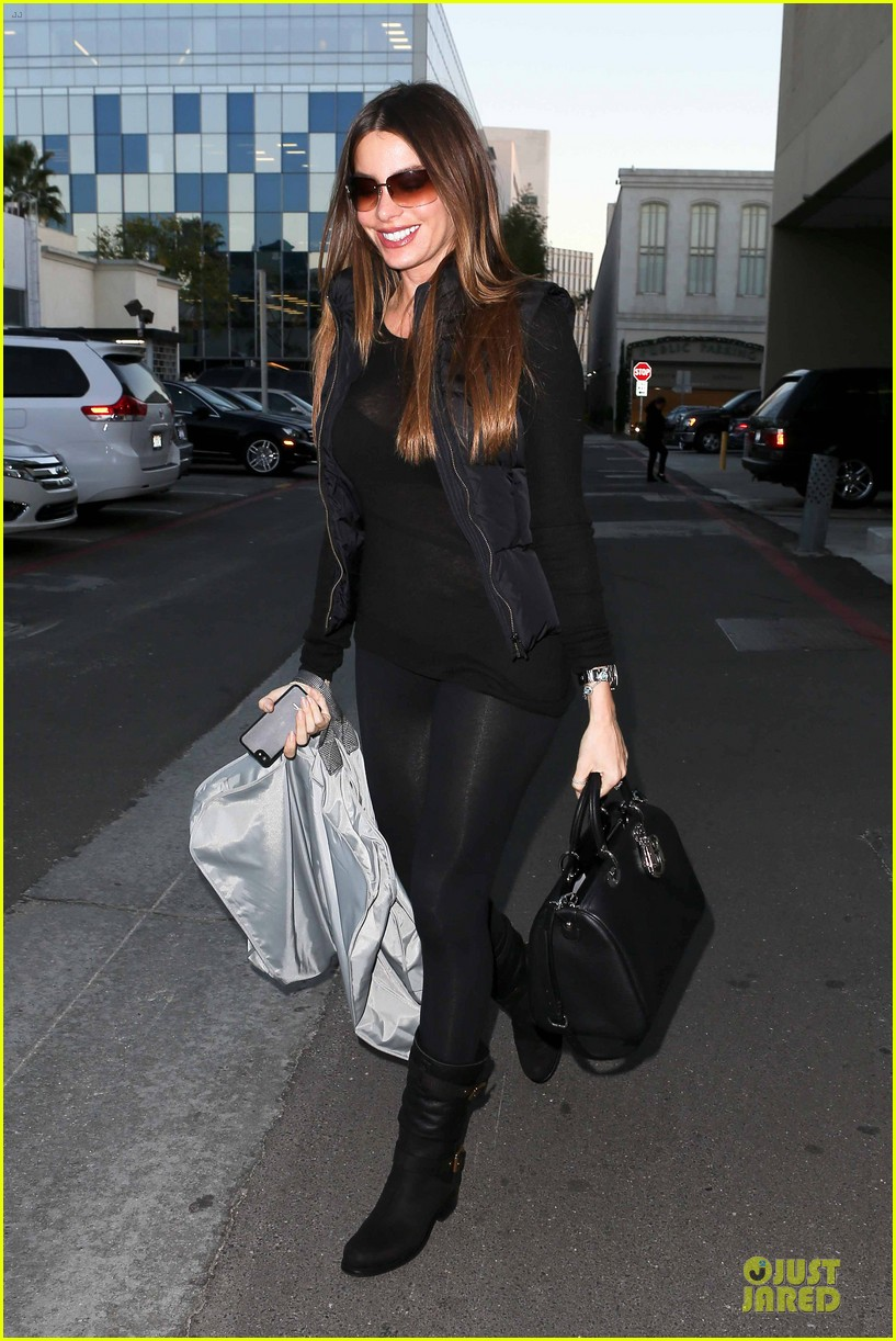 sofia vergara sheer garment carrying gal 03