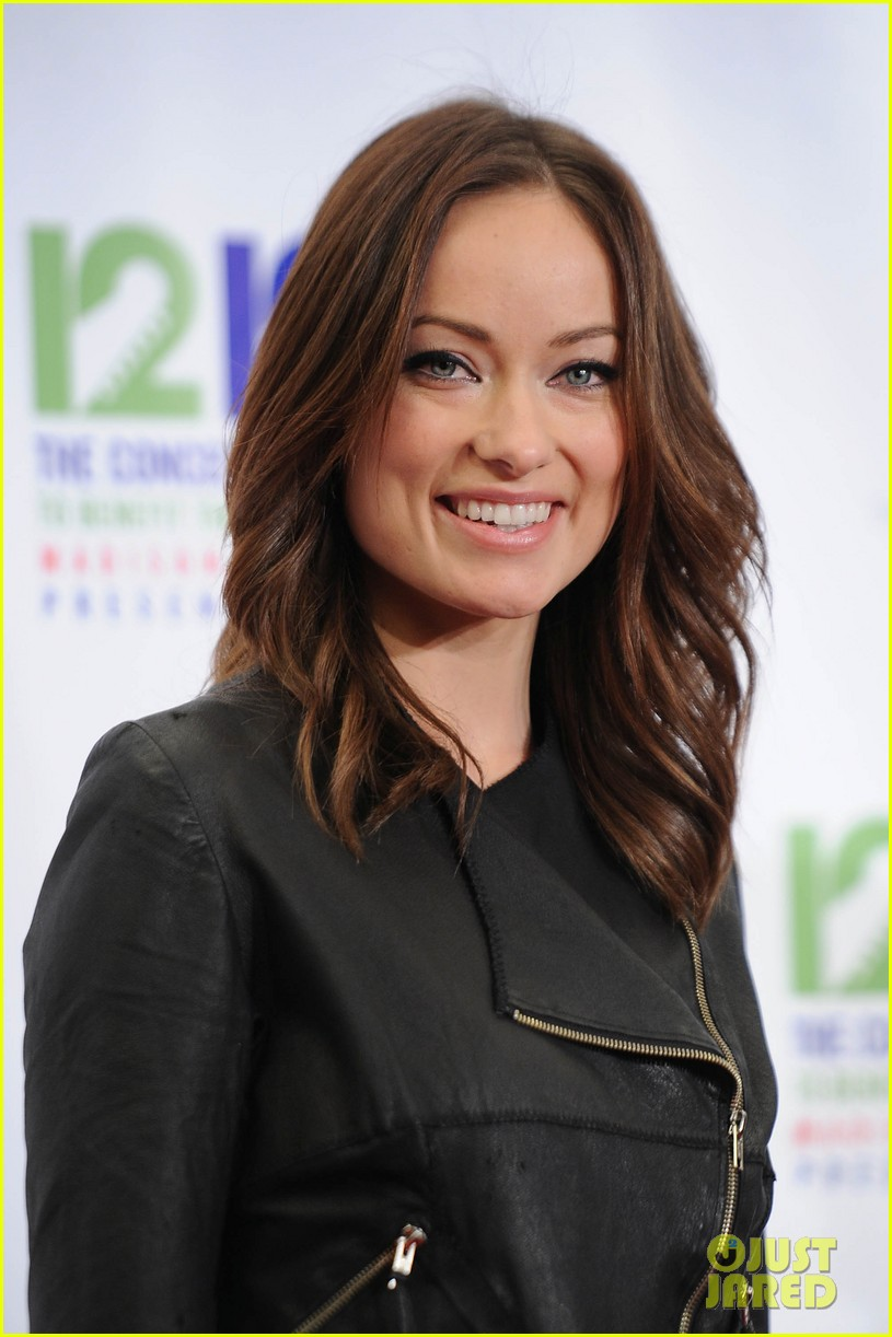 olivia wilde karlie kloss 12 12 12 concert in new york 302775043