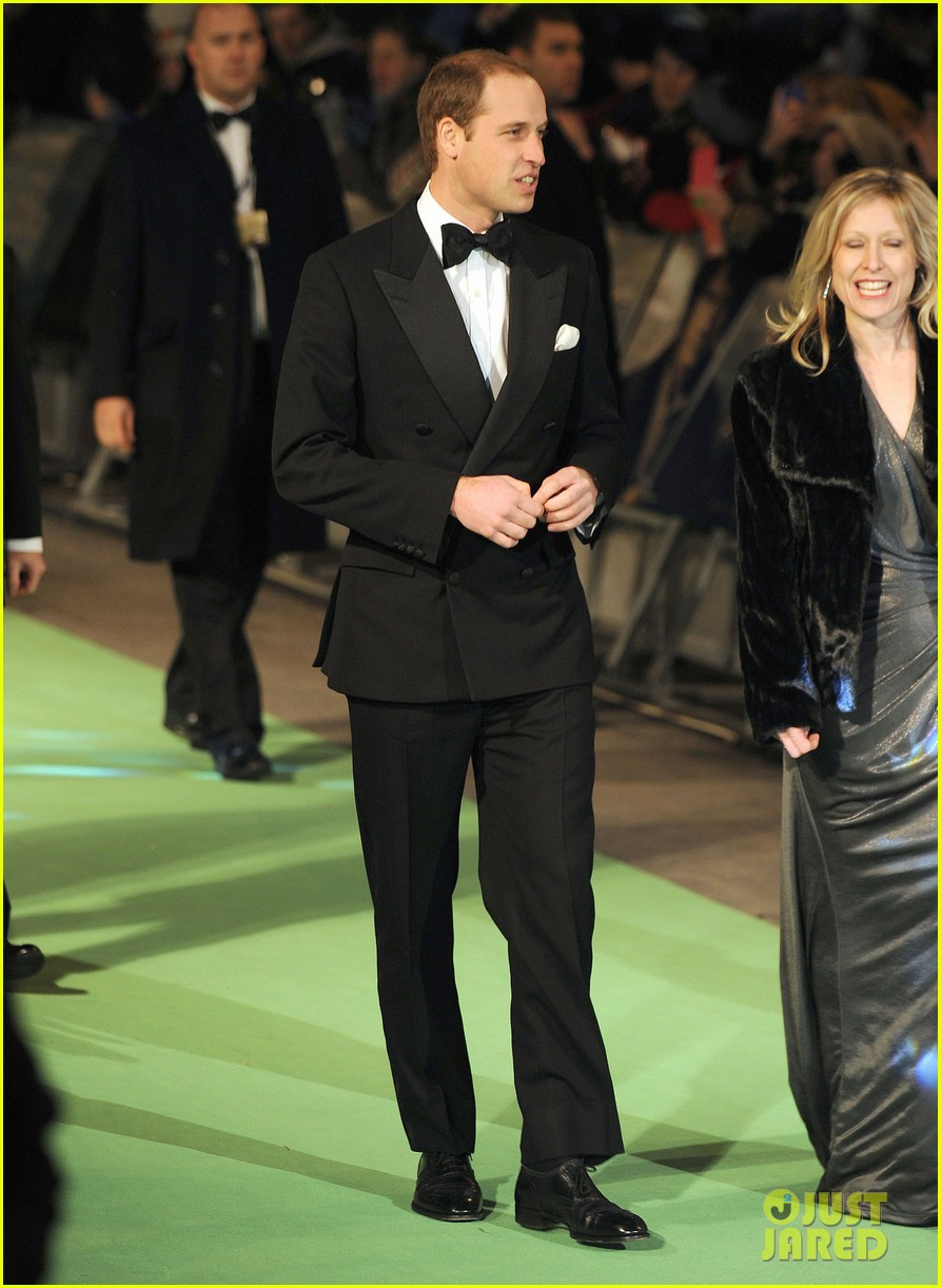 prince william hobbit premiere without kate middleton 07