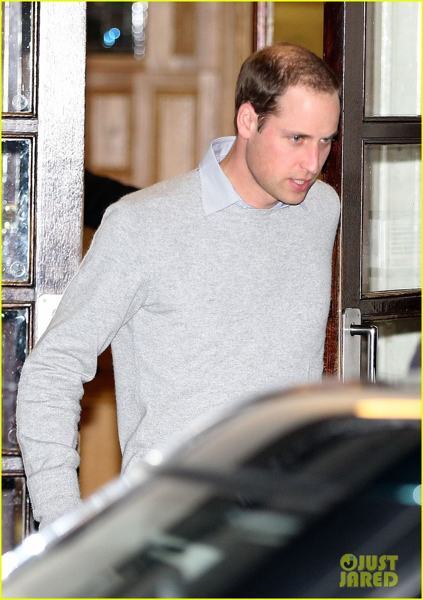 prince william leaves hospital after kate middleton pregnancy news 03