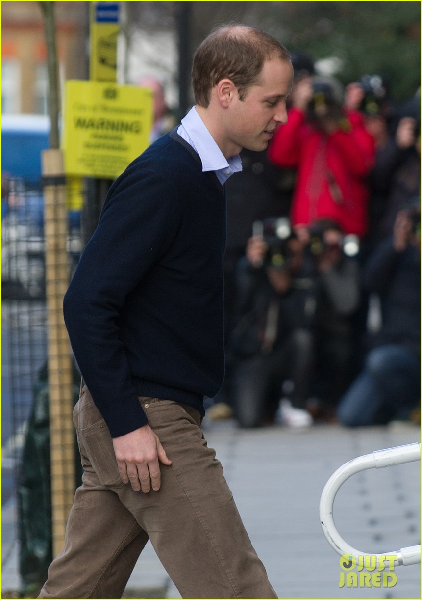 prince william visits hospitalized  pregnant kate middleton 062769603