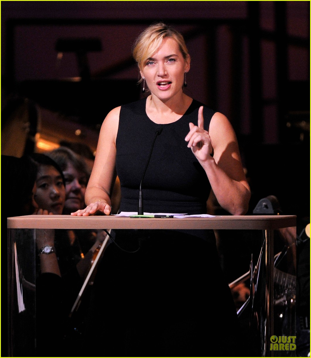 kate winslet american christmas carol concert 09
