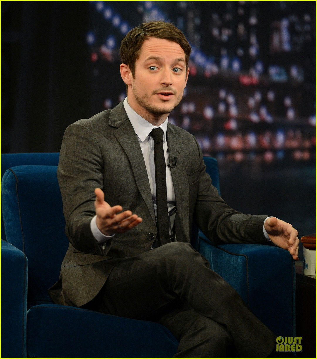 elijah wood late night with jimmy fallon appearance 10