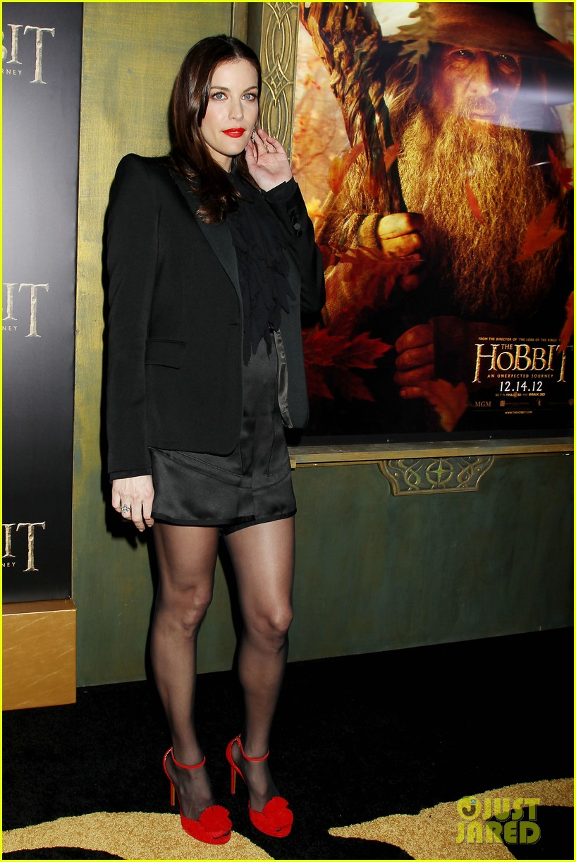 elijah wood liv tyler the hobbit new york premiere 24