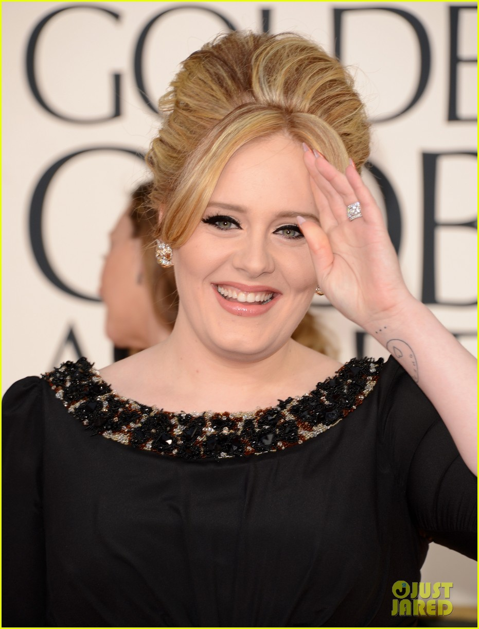 adele golden globes 2013 red carpet 012791035