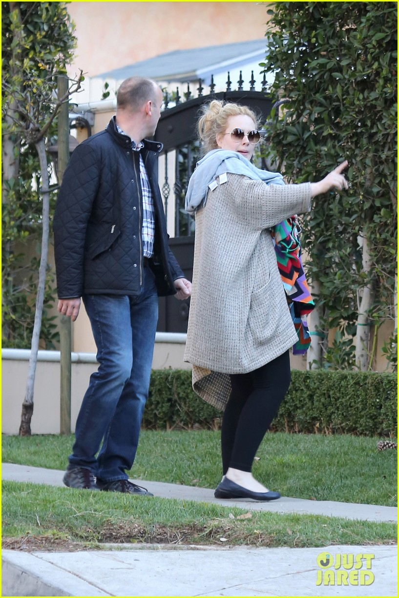 adele beverly hills stroll with baby boy 10