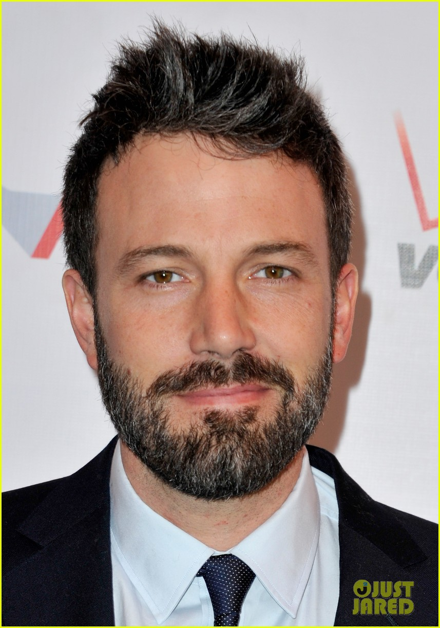 ben affleck george clooney afi awards 2013 red carpet 02