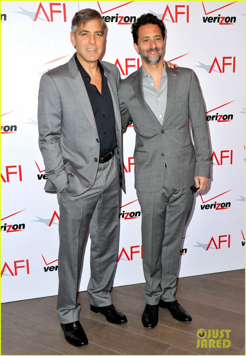 ben affleck george clooney afi awards 2013 red carpet 05