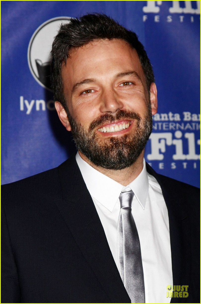 Ben Affleck: Santa Barbara International Film Festival's Modern Master Award Recipient! - ben-affleck-santa-barbara-international-film-festival-modern-master-award-recipient-02
