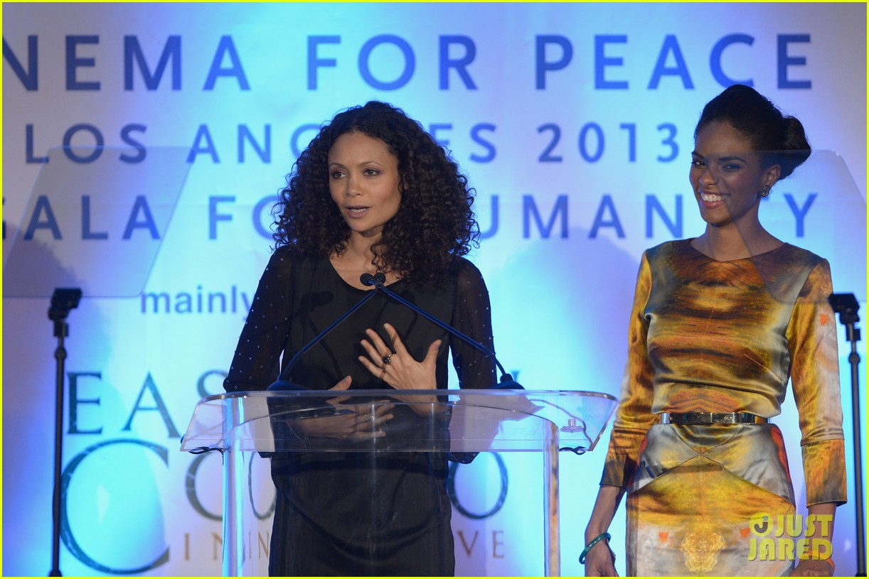 ben affleck thandie newton cinema for peace gala 19
