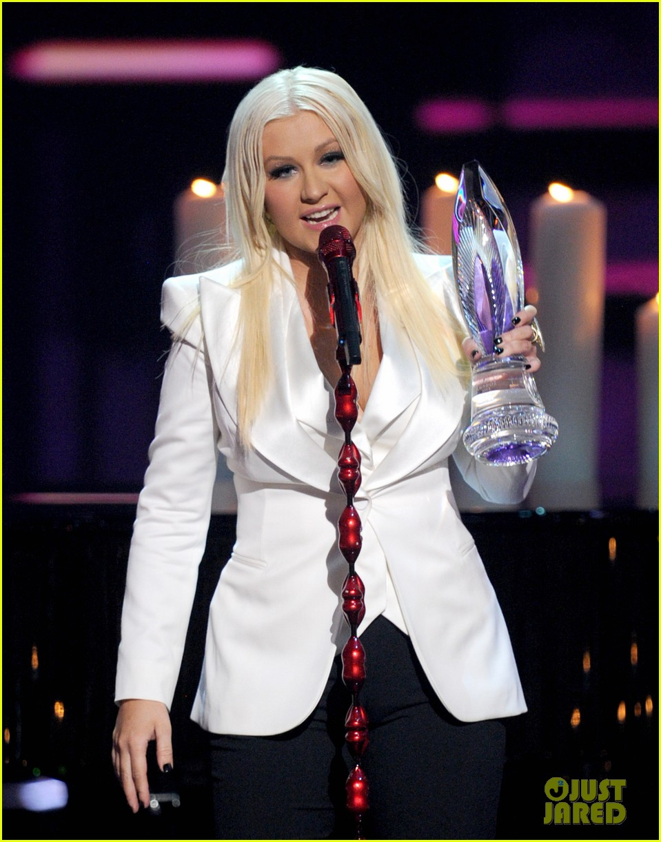 christina aguilera peoples choice 2013 212788058