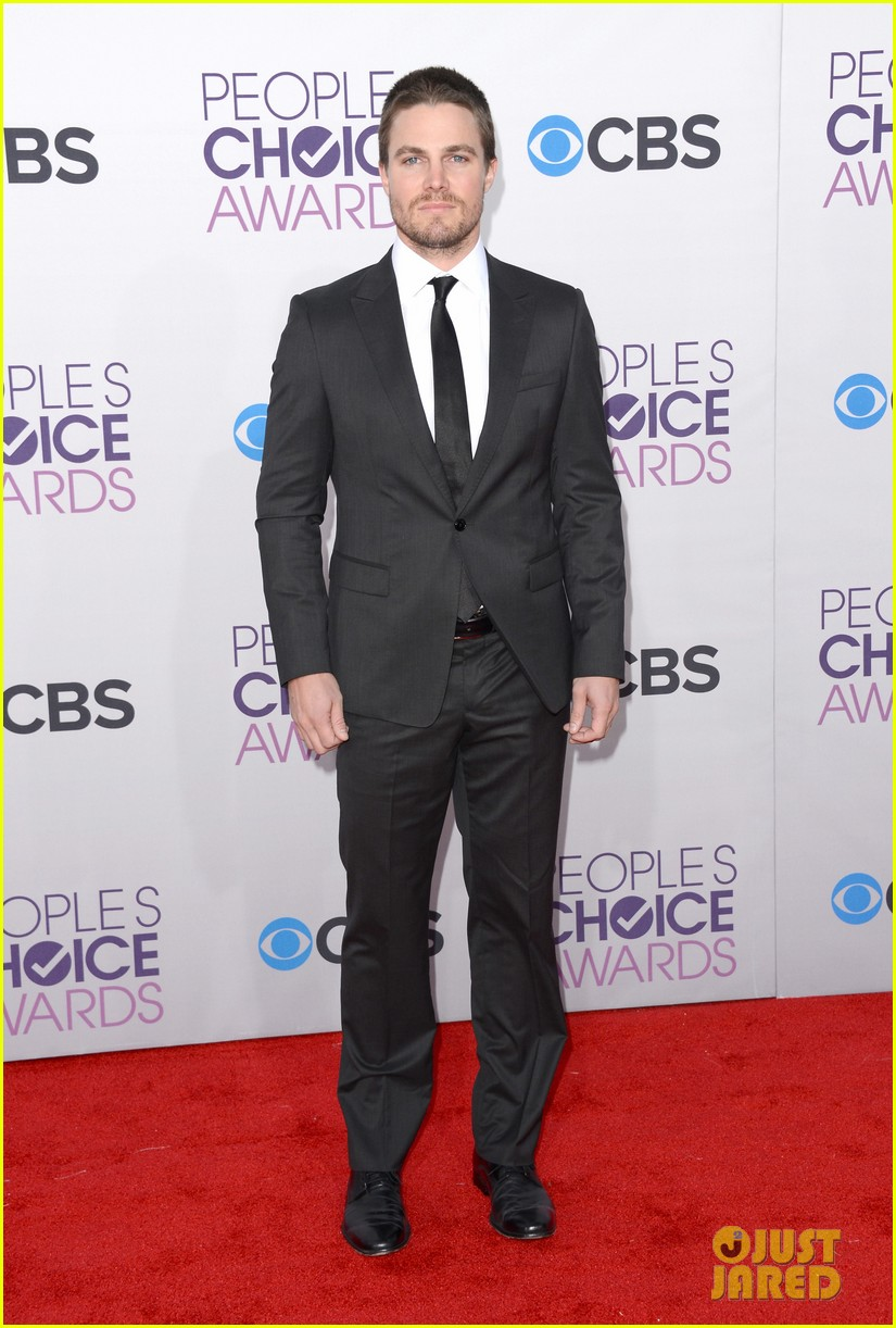 stephen amell jd pardo peoples choice awards 2013 01