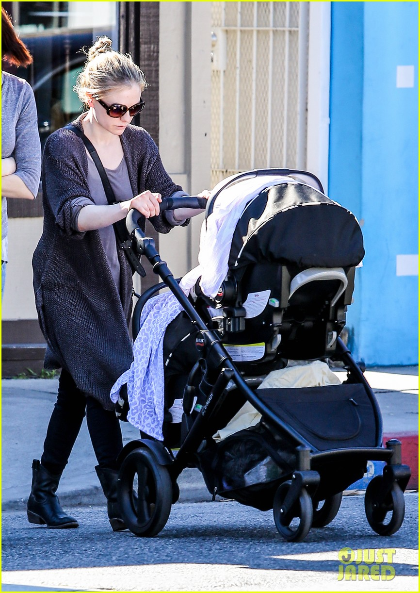 anna paquin stephen moyer shopping with the twins 082796658