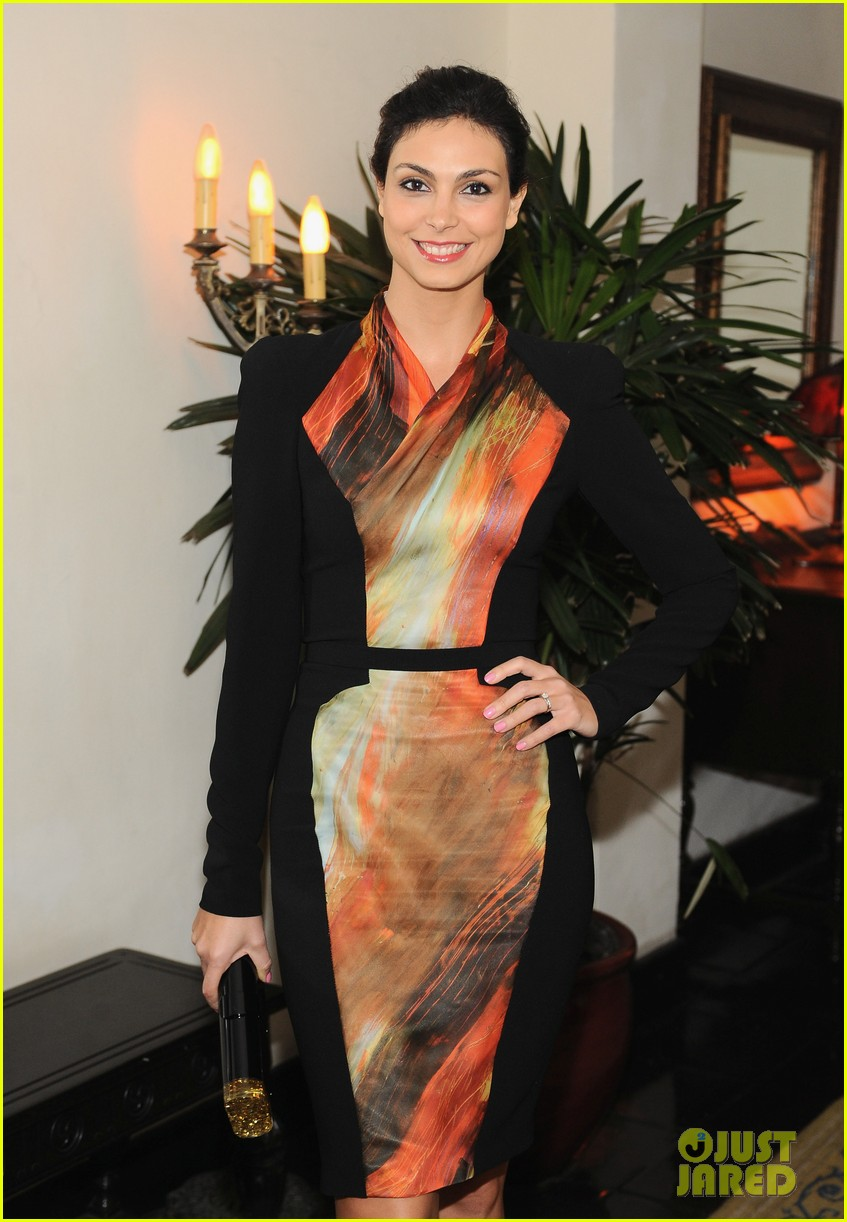 morena baccarin damian lewis w magazine pre golden globes party 102789838