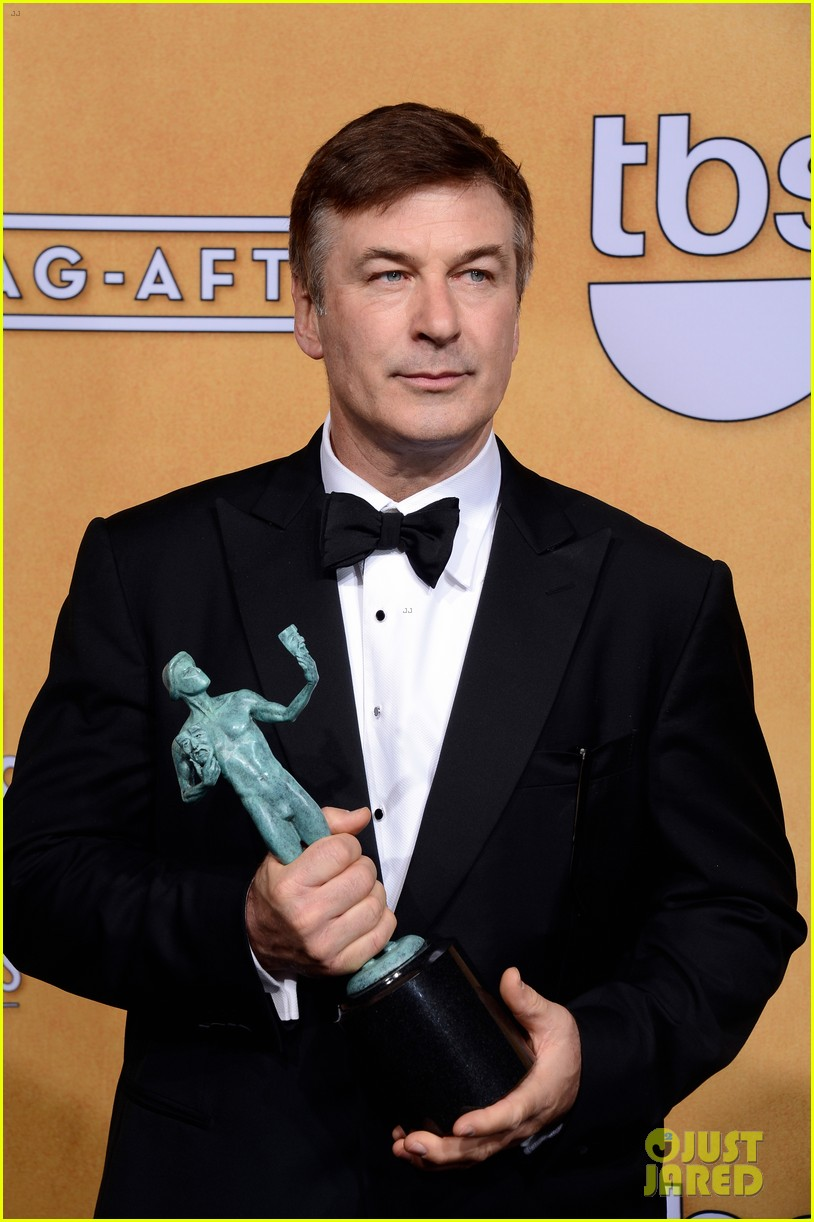 alec baldwin sag awards red carpet 102799924