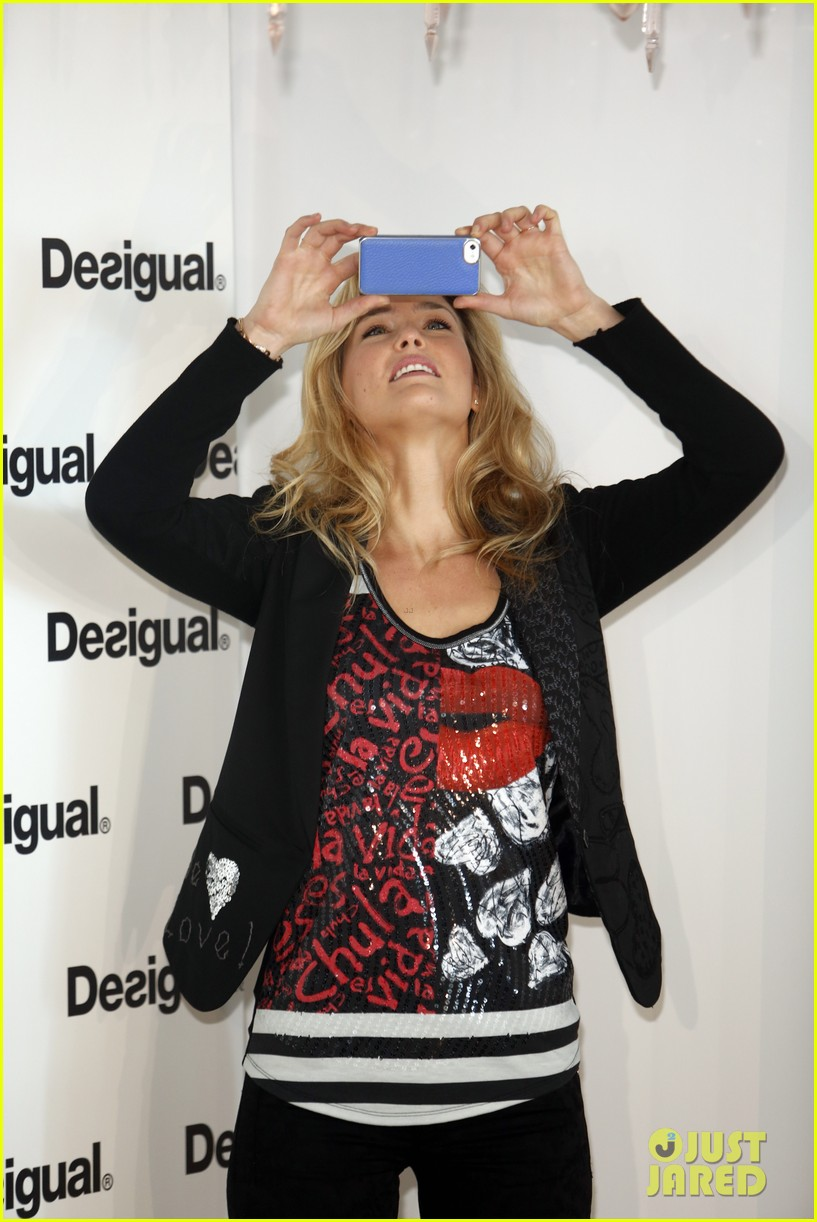 bar refaeli we love by desigual presentation 13