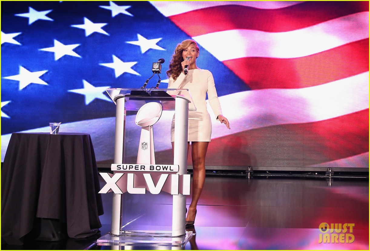 beyonce national anthem live at super bowl press conference 012802040
